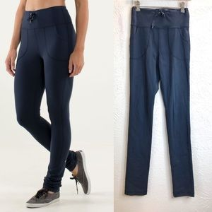 Lululemon skinny will pant high waist inkwell Sz 6